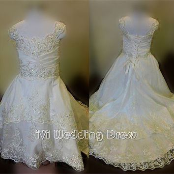 Real Samples Beaded Toddler Flower Girl Wedding Party Dress with Double Layer Lace Train