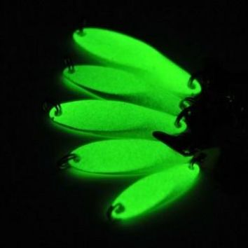 Luminous Fishing Lures artificial bait lure metal lure treble hook Baits 7g 10g 14g jig wobbler lure fishing tackle