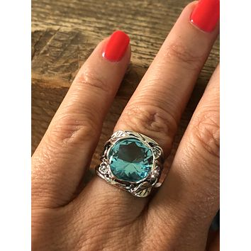 A Flawless Handmade Floral Leaf 6.1CT Cushion Cut Blue Aquamarine Engagement Ring