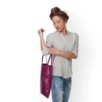 Magenta leather tote bag by Leah Lerner