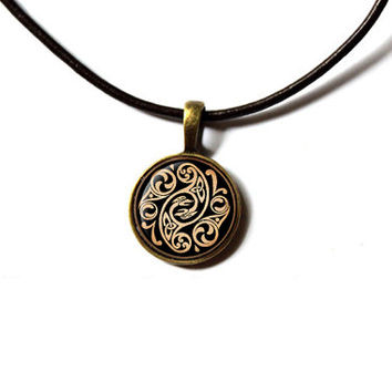Celtic knot jewelry Pagan pendant Irish necklace NW281