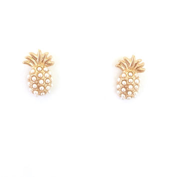 Pineapple Pearl Stud Earrings