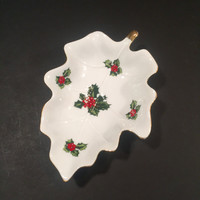 Lefton Christmas Holly Berry Candy/Trinket Dish #02451