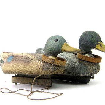 Vintage rustic Duck Mallard Decoys Plastic Floaters Animals Flambeau Rustic Cabin Home Decor pair of two 2 Ducks