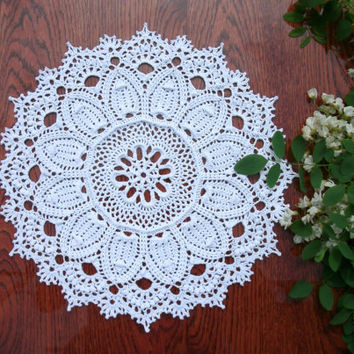 Crochet doily 14 inches White crochet doily Round lace doily Crocheted doily White home décor Lace doily 14 inches diameter 15 inches