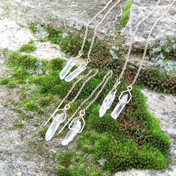 Raw Crystal Thread Through Earrings - Gold Threader Earrings  – Natural Quartz Ear Threads