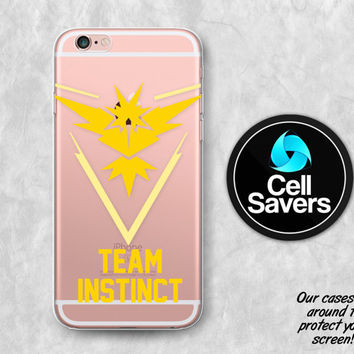 Team Instinct Clear iPhone 6s Case iPhone 6 iPhone 6 Clear Case iPhone 6 Plus iPhone 5c iPhone SE Clear Case Pokemon Go Team Instinct Yellow