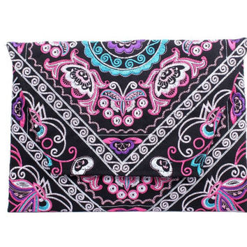 Stunning Handmade Clutch With Embroidered Fabric Thailand (BG306DW-23C8)