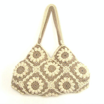 Medium crochet hand bag in cream white and beige with flowers, crochet hand bag, shoulder bag, flower purse