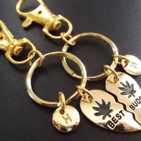 Sale......Gold Best Buds, Best friends, BFF, (2pcs) keyring, keychain, bag charm, purse charm, monogram personalized item No.873