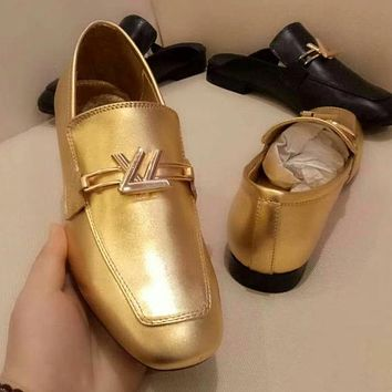 5ca2c435da6 Louis Vuitton LV Women Retro Fashion Leather Loafer Shoes