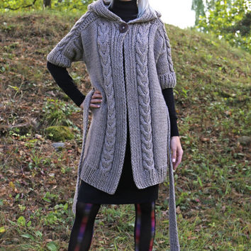 PDF pattern. Cable knit hooded short sleeve cardigan with belt. Digital pattern from Ilze Of Norway.
