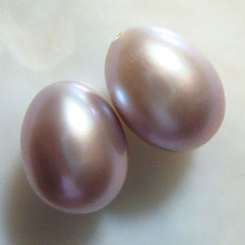 2 pcs, Romantic, 10-11x8-9mm, Gorgeous Cultured Fresh Water Pearls, Natural Mauve Pink Overtone Teardrop Briolette, half drilled