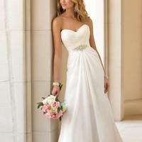 Elegant Chiffon Off Shoulder Wedding Dress