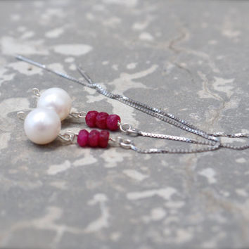 Pearl and Ruby earrings #Long #thread earrings Genuine ruby threader earrings Silver earring threads Ruby dangle earrings Raspberry earrings