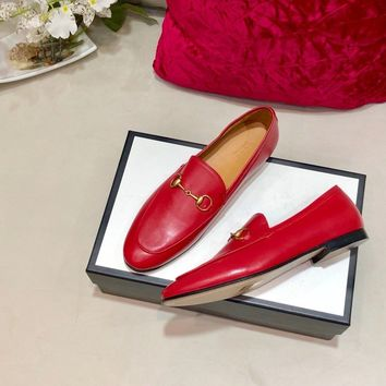 New Arrivals Top Quality GUCCI GG Bee Slip-On Women Fashion Leather Rivet Pointed Toe Flats Shoes pink