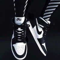 Nike Air Jordan Retro 1 High Tops Contrast Sports shoes G-CSXY Blue Black
