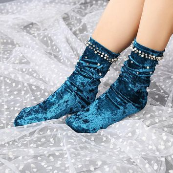 Beautiful Glitter Velvet Socks Women Girls High Socks Casual Loose Beading Socks Sokken for Hipster Spring Autumn Winter Fashion