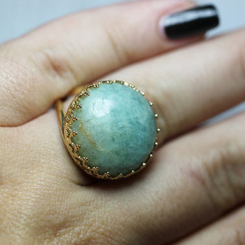 Round Golden Aquamarine ring. Vintage ring. Cocktail ring. 18mm Gemstone Aquamarine. Sky blue. Aqua blue ring. Bridal ring. Bridesmaid gift