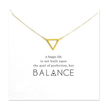 2017 The Golden Triangle hollow alloy clavicle short necklace burst white card