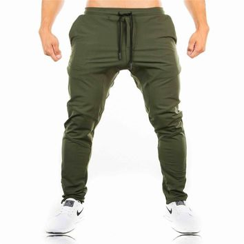 2017 New Gyms camouflage joggers pants Men's workout fitness Pants Men Joggers oversize brand high quality plaid pants