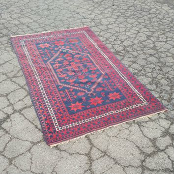 "Vintage Turkish Wool Rug - 45"" x 77"""