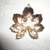Textured Autumn Leaf Gold Tone Brooch Pin