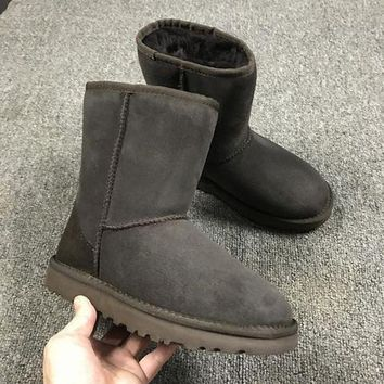 NOV9O2 Ugg 5825 Brown Classic II Tall Boot Sheepskin Boots Snow Boots
