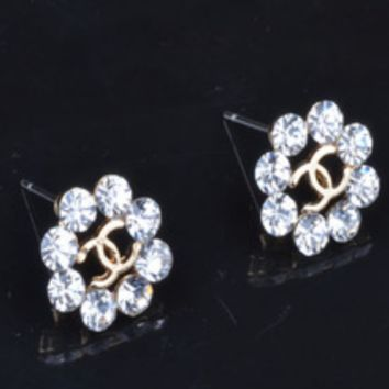 CHANEL New fashion floral earrings with shining diamonds women flower earring White