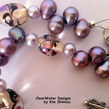 Mauve Fresh Water Pearl Necklace Purple Pearl Necklace Pearl Glass Bead Necklace Indian Hand Painted Clear Glass Beads Short Mauve Necklace