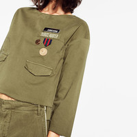 MILITARY LONG SLEEVE TOP DETAILS