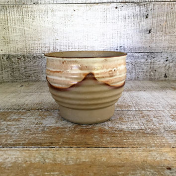 Planter Mid Century Pottery Planter Earthenware Pottery Small Planter Flower Vase Vintage Ceramic Vase Ceramic Flower Pot Cottage Chic Gift