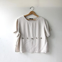 Vintage cropped beige top. Button front details. Minimalist shirt. Boxy loose fit tshirt.
