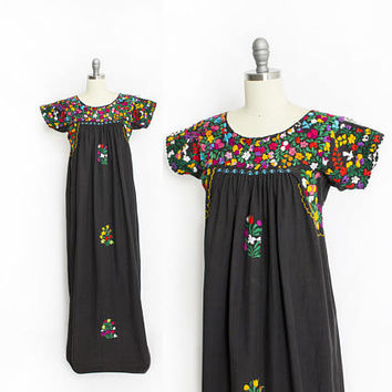 Vintage 1970s Dress - Mexican Embroidered Black Cotton Floral Folk Figures Ethnic Maxi Tent Dress - Small - Medium