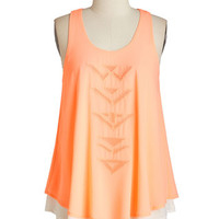 Mid-length Sleeveless Let it Beam Top