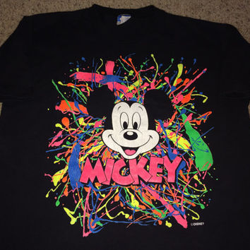 Sale!! Vintage MICKEY MOUSE Splash T-Shirts DISNEY Tee Made in uSA