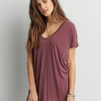 AEO SOFT & SEXY V-NECK SCOOP JEGGING T-SHIRT
