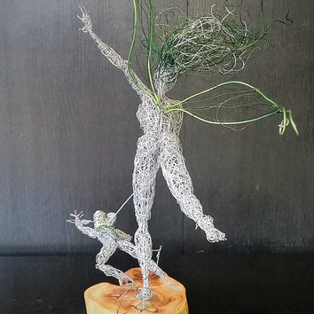 Unique wire art fantasy sculpture OOAK steel statue Original Home Decor Gift for him/Her Magical Wishes Fairytale fun Frog Princess Fairy