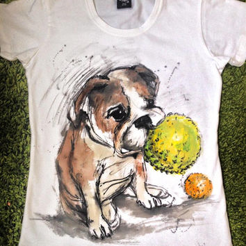 Hand painted Dog Tshirt. Unisex English Buldog tee. Custom buldog paint. Personalized hand painted dog shirts.