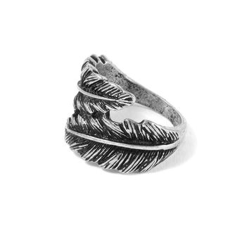 Wrap Around Feather Ring | Icing