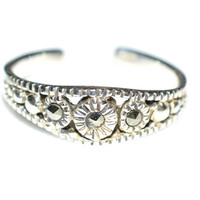 Sterling Silver Toe Ring with Marcasite