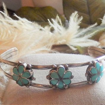 Vintage Native American Zuni Signed Sterling Silver Turquoise Floral Cuff