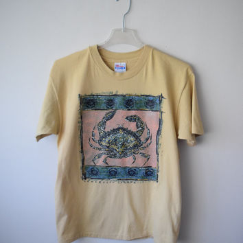90s Long Beach, British Colombia, Canada Tourist Travel T-Shirt in Beige Tan Gold w Red Rock Crab // Rustic Tribal Ethnic Hipster // Sz L