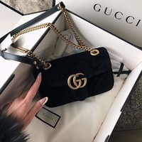 GUCCI Trending Stylish Velvet Leather Metal Chain Handbag Shoulder Bag Crossbody Satchel Black I/A
