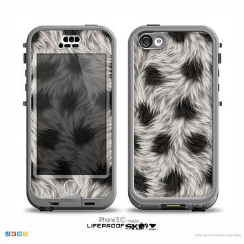 The Dotted Black & White Animal Fur Skin for the iPhone 5c nüüd LifeProof Case