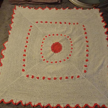 Vintage Hand Crochet Cream/Beige/Ivory and Coral Square Lap/Throw/Afgan/Bed Blanket - BoHo/Bohemian Style