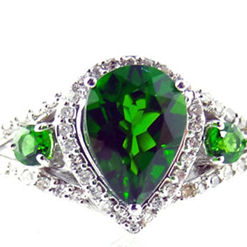 Siberian Emerald 14K White Gold Engagement or Right Hand Ring Vintage