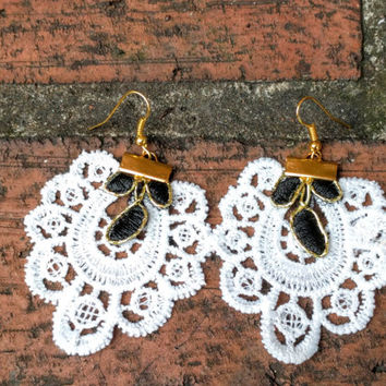 Lace Earrings, Black and White Lace Earrings, White Doilies Earrings, Gifts for her, Women Gifts, Statement Earrings, Black Lace Earrings