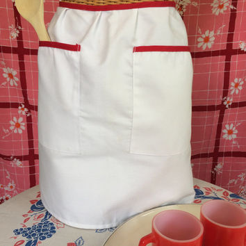 Vintage Apron Red and White Kitchen Apron with Two Pockets Vintage Kitchen