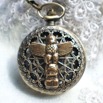 Men's Indian Totem pocket watch, in bronze with Indian totem on front cover.